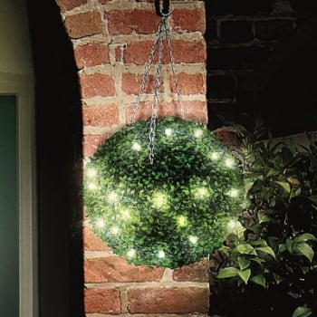 Gardman 40cm Pre-Lit Leaf Effect Topiary Ball with 30 LED Lights